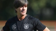 """""""Den Confed Cup möglichst erfolgreich gestalten mit Blick auf die Entwicklung der Spieler"""": Joachim Löw."""