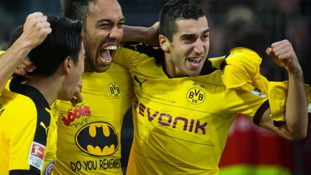 """""""Batman"""" Aubameyang krönt den BVB abermals zum Revierkönig"""