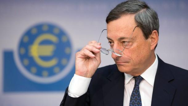 Nach der EZB-Ratssitzung kündigte Notenbankchef Draghi ein Kaufprogramm für Staatsanleihen an, das d