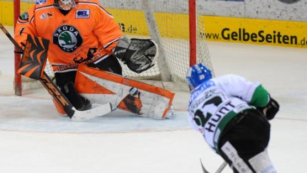 Doktorhut statt Eishockeytor
