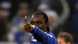 Asamoah lässt Schalke ganz tief durchatmen