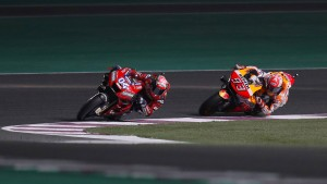 Andrea Dovizioso bezwingt Weltmeister Marquez