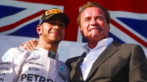 Hamilton stichelt nach Red-Bull-Kritik