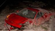 Das Auto, in dem Arturo Vidal saß, wurde erheblich beschädigt bei dem Unfall
