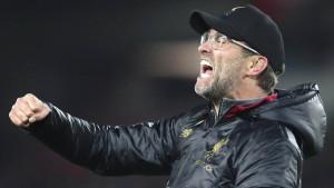 Verrücktes Tor für Liverpool – Spektakel ohne Özil