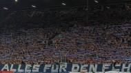 Die Anhänger des FC Hansa Rostock unterstützen ihre Mannschaft stimmungsvoll. Doch einige respektieren die Grenzen des Erlaubten nicht.