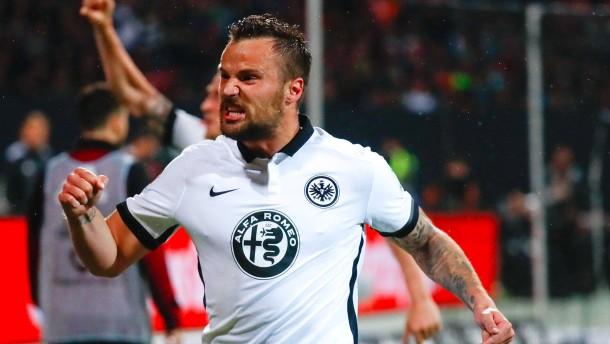 Seferovic macht Frankfurt froh