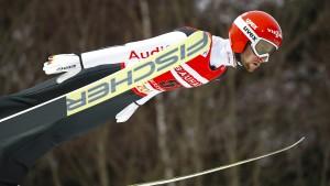 Eisenbichler fliegt um 41 Zentimeter am Sieg vorbei