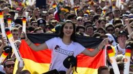 Deutsche Fans fiebern dem Spiel entgegen