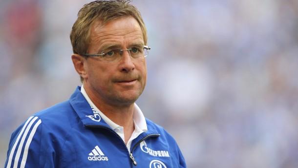 Verpokert: Schalkes Trainer Rangnick hat nur Augen für die Königsblasse - und verliert
