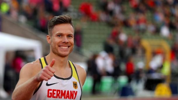 Rehm mit Weltrekord zum Titel
