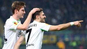 Wolfsburg kontert sich ins Viertelfinale