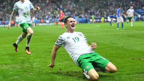 Irland sichert sich gegen Italien B das Weiterkommen
