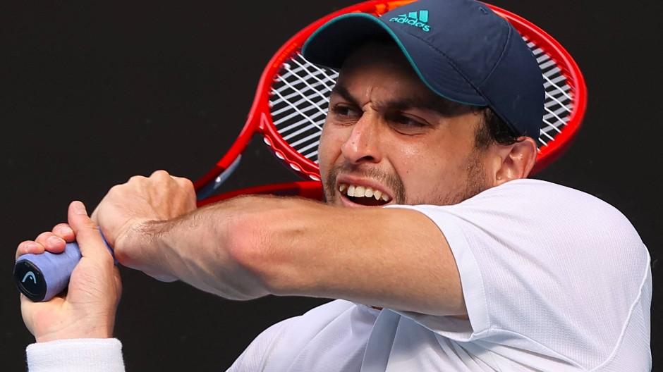 Aslan Karazew macht sich bei den Australian Open gerade einen Namen.