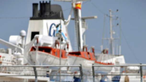 Hafenrundfahrt mit Haifischflossen