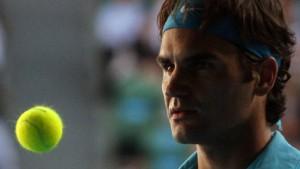 Federer scherzend ins Finale - Doppelsieg für Williams