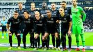 Die Startelf fürs Halbfinal-Hinspiel: Eintracht Frankfurt vor dem Spiel gegen Chelsea.