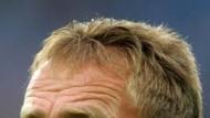 Sorgenfalten nach dem ersten Titel: Schalkes Trainer Ralf Rangnick