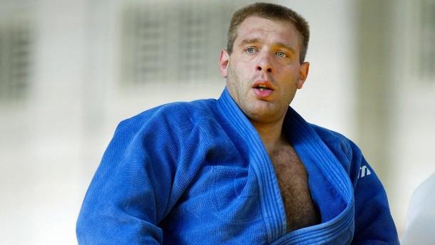 Judo-Trainer freigestellt