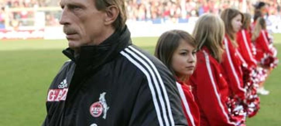 Fc Köln Weihnachtsfeier.Kölle Alaaf Daum Greift Durch Weihnachtsfeier Fällt Aus Fußball