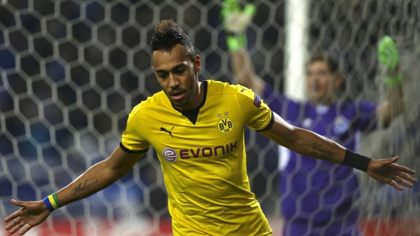 Ein Billardtor sichert Borussia Dortmund den Weiterflug