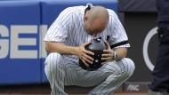 Auch Yankees-Trainer Joe Espada war sichtlich geschockt.