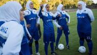 Frauenrechte durchs Fußballspielen stärken