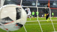 Noch 21 Tore, dann ist die Marke von 50.000 Treffern in der Bundesliga geknackt.