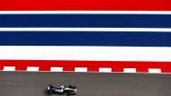 Speed bei Mercedes, Wackelpudding bei Ferrari