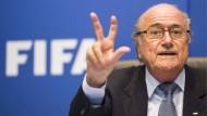 Gab es bei der Fifa Schönfärberei in einem Bericht mit kritischen Aussagen zu Fifa-Präsident Joseph Blatter?