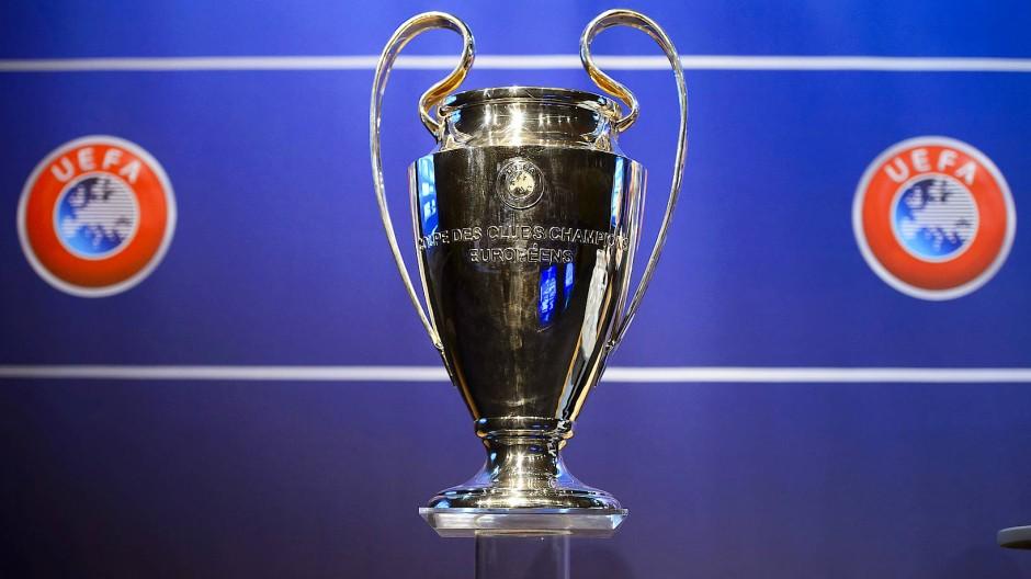 Objekt der Begierde: der Champions-League-Pokal