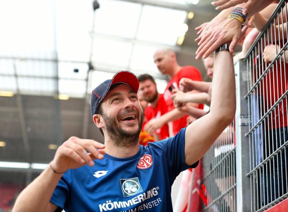 """Trainer Sandro Schwarz kämpft noch um die Anerkennung der Fans: """"Ich hoffe, dass wir durch die letzten 8 Wochen im Abstiegskampf einige überzeugt haben"""""""