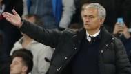 Herbe Pleite für Mourinho und Manchester