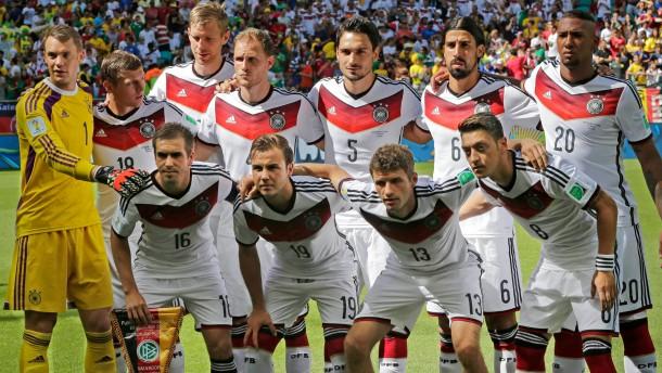 Kroos sorgt für Linie, Müller für Tore