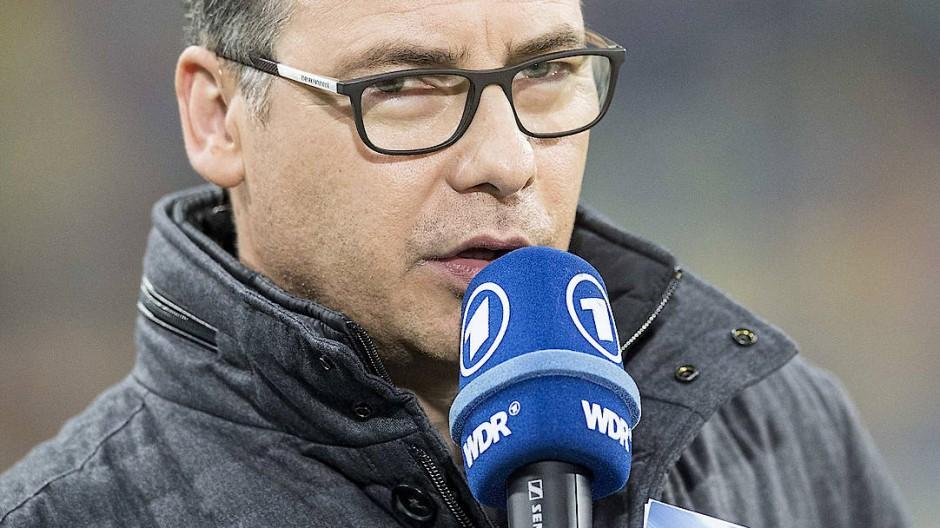 Matthias Opdenhövel verriet den Ausgang des Bayern-Spiels vorab.