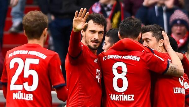 Bayern stürmen an die Spitze