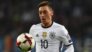 Özils Plädoyer für den jungen Götze