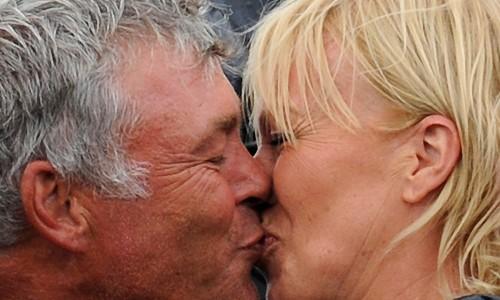 ... Date und die Folgen: Clarke nach dem Sieg mit Partnerin <b>Alison Campbell</b> - ein-blind-date-und-die-folgen