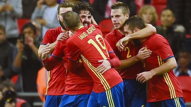 England vergibt Sieg gegen Spanien