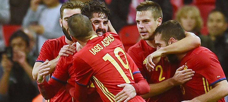 Internationaler Fussball England Vergibt Sieg Gegen Spanien