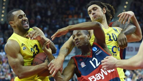 Bayern träumt weiter – Alba und Oldenburg sind raus
