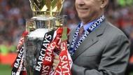 Der englische König Sir Alex Ferguson: Manchester United musste zur neuerlichen Krönung nicht mal aufs Tor schießen