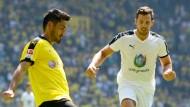 Dortmunder Fans pfeifen Gündogan aus
