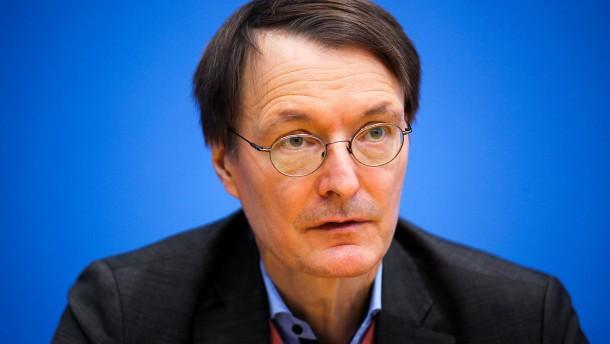 Lauterbach will mit Flick reden