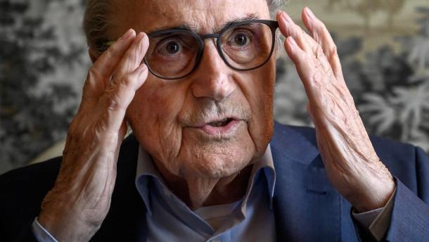 Blatter will Fifa-Präsident Infantino verklagen