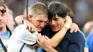 Im Jubel vereint: Löw und Schweinsteiger nach dem WM-Sieg 2014
