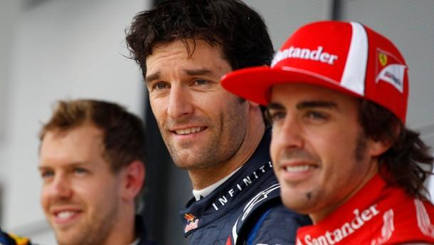 Da ist er wieder: Mark Webber in der Mitte - als schnellster Mann des Qualifyings von Silverstone