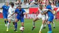 DFB-Fußballfrauen am Tiefpunkt nach 2:3 gegen Island