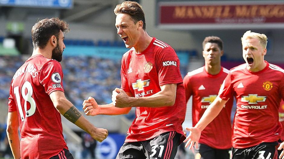 Manchester United jubelte doch noch über den späten Sieg.