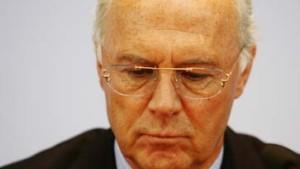 """Beckenbauer spricht von """"zerstörerischer"""" Wirkung"""